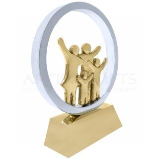 Αγαπημένη Οικογένεια, Γλυπτό Σε Κύκλο, δώρα για επέτειο, βραβεία, δώρα για γονείς, δώρα για γιορτή μητέρας, δώρα για γιορτή πατέρα, δώρα για νέο σπίτι, γλυπτά, επιχειρηματικά δώρα, συνεργασία, αγάπη, οικογένεια, γονείς με παιδιά, 1