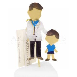 Δώρα για παιδίατρο, δωρα για παιδίατρους, παιδίατρος με αγόρι, μινιατούρες, γιατρος, δωρα για ιατρό, δωρα για απόφοιτο, δωρα αποφοίτησης, δωρα ευχαριστιας σε παιδίατρο, παιδίατροι, προσωποποιημενα δωρα, δωρα με μήνυμα, ιδέες δώρων για παιδιατρο, 1