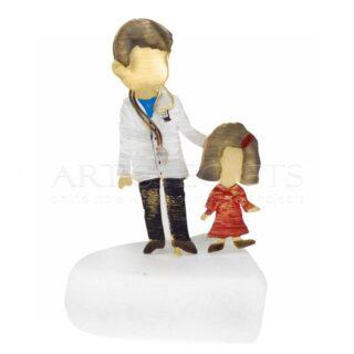 Γιατρός με Κοριτσάκι, Δώρα για παιδίατρο, δωρα για παιδίατρους, παιδίατρος με αγόρι, μινιατούρες, γιατρός, δώρα για ιατρό, δωρα για απόφοιτο, δωρα αποφοίτησης, δώρα ευχαριστίας σε παιδίατρο, παιδίατροι, προσωποποιημενα δωρα, δωρα με μήνυμα, ιδέες δώρων για παιδίατρο, Παιδίατρος με κορίτσι