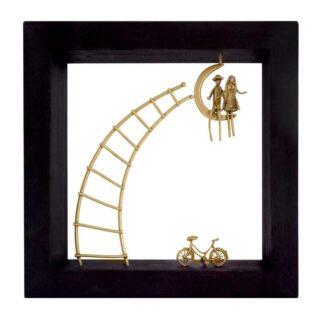 Ζευγάρι Καθισμένο Σε Φεγγάρι και Ποδήλατο σε Κορνίζα