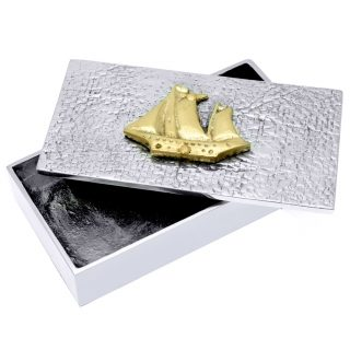 Μεταλλικό Κουτί Με Διακοσμητικό Καράβι, ναυτικά δώρα, κουτί, μεταλλικό κουτί, καράβι, καράβια, επιχειρηματικά δώρα, αναμνηστικά δώρα, δώρα για εγκαίνια, δώρα για το γραφείο, ναυτιλιακά δώρα, δώρα για καπετάνιο, δώρα για ναυτικό, δώρα για γιορτή, χρηστικά δώρα, εταιρικά δώρα,