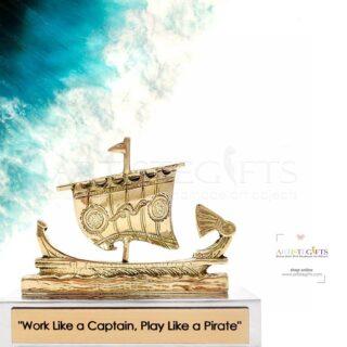 τριήρης, ναυτικά δώρα, μουσειακά αντίγραφα, ελληνικά δώρα, προσωποποιημένα δώρα, δώρα με μήνυμα, επιχειρηματικά δώρα