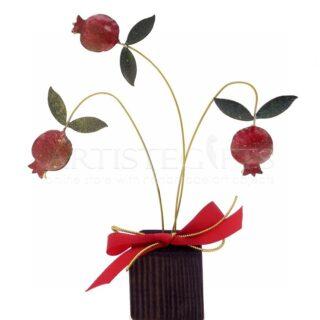 Τρία Κλαδιά Γυρτά Με Πομπέ Ρόδια Σε Ξύλινη Βάση, γούρια, ρόδια σε ξύλινη βάση, γούρια με ρόδια, ρόδι, δώρα για καλή τύχη, πρωτότυπα γούρια με ρόδια, χειροποίητα γούρια, δώρα ευχαριστίας, δώρα για γιατρό, δώρα για δασκάλα, επιχειρηματικά δώρα, εταιρικά δώρα, δώρα για εγκαίνια, χριστουγεννιάτικα δώρα, πρωτοχρονιατικά δώρα, δώρα για καλή τύχη