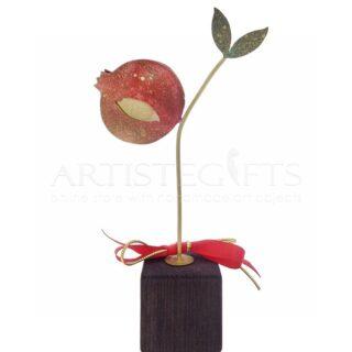 Μικρό Επιχρυσωμένο Κόκκινο Ρόδι και Φύλλα Σε Ξύλινη Βάση, γούρια με ρόδια, ρόδι, ρόδια, δώρα για εγκαίνια, δώρα για νέο σπίτι, δώρα για νέο γραφείο, δώρα για νέο διαμέρισμα, προσωποποιημένα δώρα, δώρα με ευχές, χριστουγεννιάτικα δώρα, δώρα χριστουγέννων, πρωτοχρονιάτικα δώρα, πρωτότυπα χειροποίητα γούρια