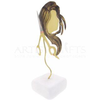 Ψαλίδι Και Γυναικείο Προφίλ Με Μακριά Μαλλιά