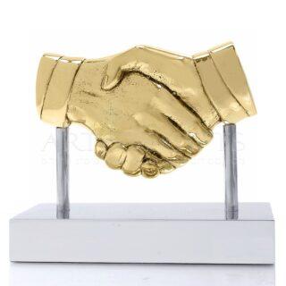 Γλυπτό Χέρια, Χειραψία Μέσα Σε Κύκλο, βραβεία, βραβείο, χέρια, ιδέες δώρων, γλυπτά, γλυπτά με χέρια, χειραψία, συμβολικά δώρα, χειραψία, συμφωνία, συνεργασία, επειχειρηματικά δώρα, διαφημιστικά δώρα, εταιρικά δώρα, δώρα ευχαριστίας, δώρα για διευθυντή, δώρα για άντρα, awards, award, business gifts, corporate gifts, δώρα με λογοτύπησή, προσωποποιημένα δώρα, συμφωνία, συνεργασία